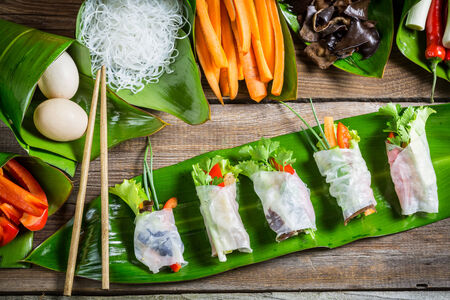 spring roll: Ingredients for fresh spring rolls