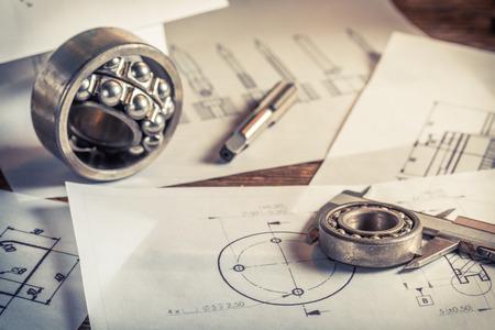 dibujo tecnico: Medici�n y comparaci�n de los resultados de los rodamientos con sistema mec�nico