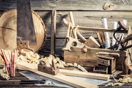 アンティーク木工ワーク ショップ 写真素材