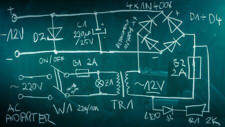 componentes: Retro diagrama de componentes electr�nicos en el laboratorio de la f�sica