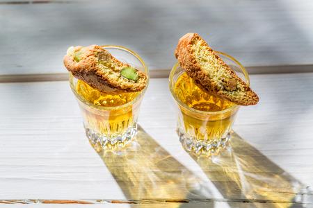 vin: Italian biscotti with Vin Santo