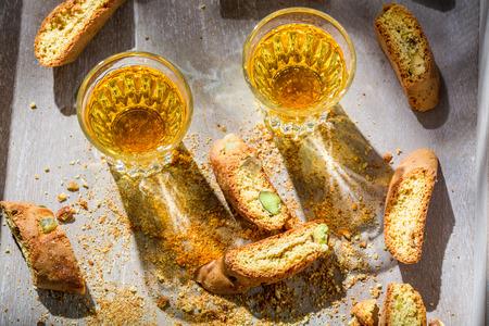 vin: Italian cantucci with Vin Santo