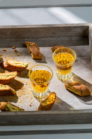 santo: Tough and sweet cantuccini with Vin Santo