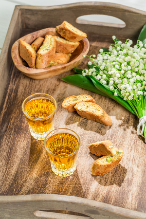 vin: Tough and sweet cantucci with Vin Santo
