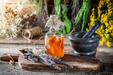 tincture: Therapeutic tincture as natural medicine