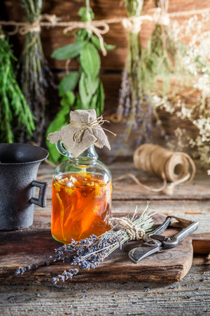 tincture: Therapeutic tincture as homemade cure