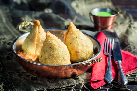 samosa: Tasty samosa with dip