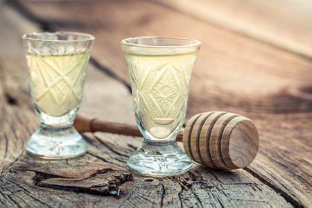 アルコールと蜂蜜の甘いリキュール 写真素材