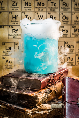 chemical reaction: Dynamic blue component chemical reaction in the laboratory Stock Photo