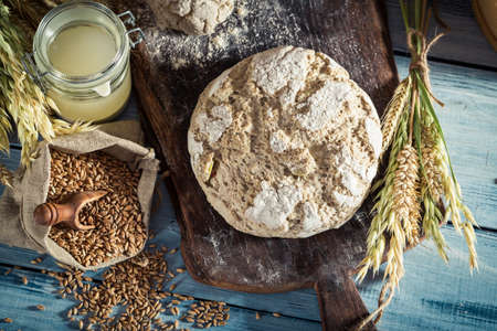 whole grains: Delicious bread with whole grains and sourdough