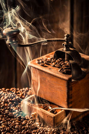 Attar: Aroma of roasted coffee seeds