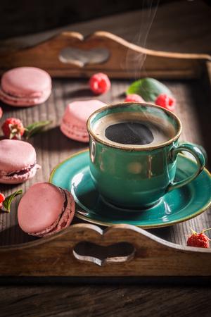 Delicious pink macaroons made of fresh raspberries Zdjęcie Seryjne