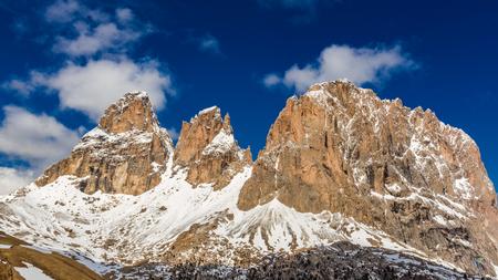 Vista mozzafiato delle grandi Dolomiti in Italia, Europa Archivio Fotografico - 87983871