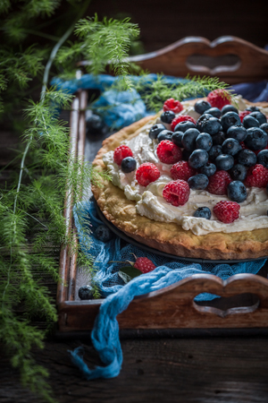 Sweet pie made of mascarpone and berries