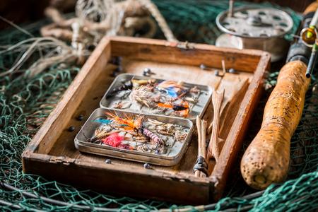 フロート、フック、ロッド付きレトロな釣りタックル 写真素材