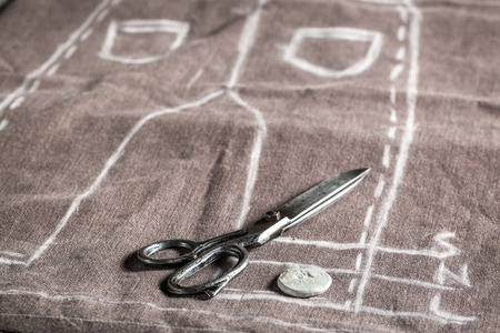 Pattern of trousers with scissors and clothes Banque d'images