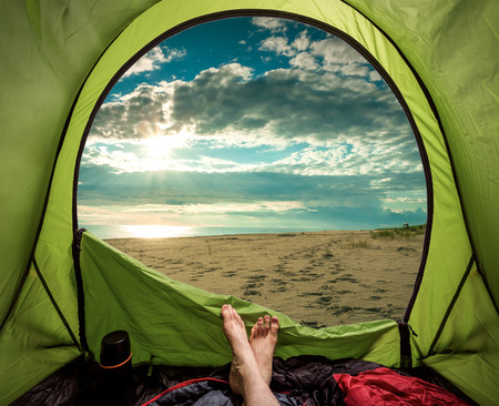Camping on the beach in summer at sea Archivio Fotografico - 99146874