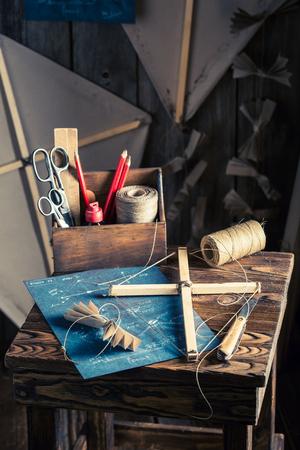 Retro kite and things to make it