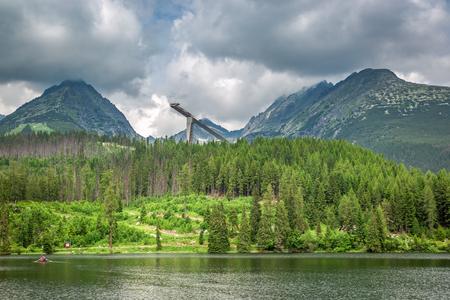 Breathtaking mountain lake in Strbske Pleso in Slovakia 스톡 콘텐츠