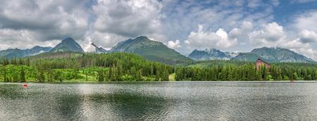 Panorama od Strbske Pleso in Tatra mountains