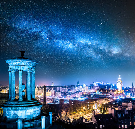 Night view from Calton Hill to Edinburgh with stars, Scotland Imagens