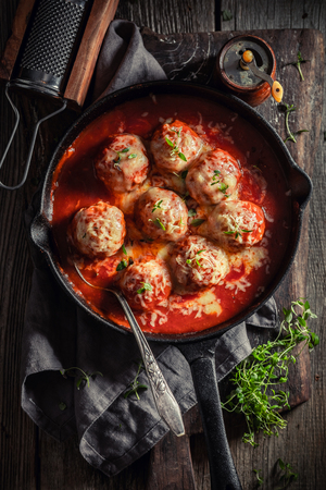 Hot meatballs with tomato sauce and cheese Stockfoto