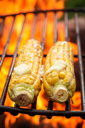 Sweet and salty corncob on grill with butter and salt Standard-Bild - 123909221