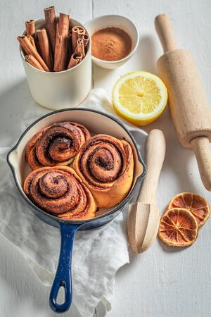 Sweet cinnamon rolls made of butter and sugar Stock fotó