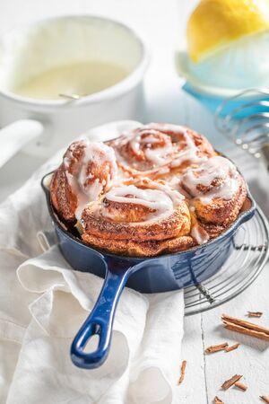 Enjoy your cinnamon buns as swedish classic dessert Stock fotó
