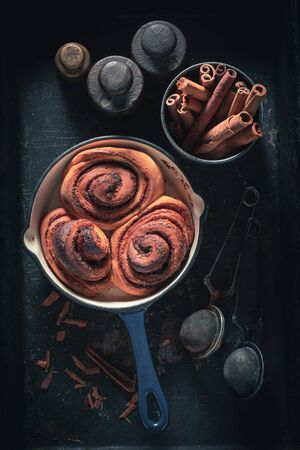 Delicious cinnamon buns as swedish christmas dessert. Stock fotó - 130798932