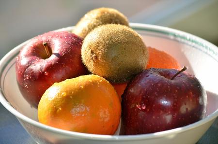Fruits in a bowl 版權商用圖片