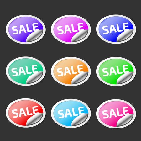 Paper sticker with peel off corner. Vector purple banner or circle folded label. Ilustração