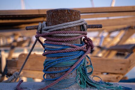 Background image with Rustic dock cleats in the harbour Standard-Bild