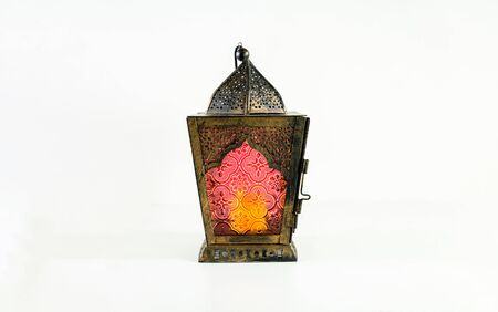 Background image with white background with arabic lantern, dates and beads. Ramadhan and Eid concept Banque d'images