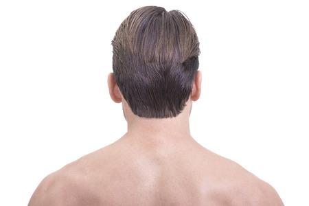 collo: Liscia pelle glabra parte superiore della schiena e del collo di ben curati uomo caucasico su sfondo bianco Archivio Fotografico