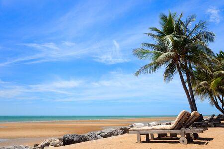 Tropical dream beach in Thailand Stock Photo - 7543977