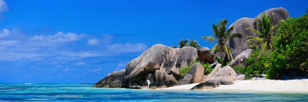 Panoramic photo of Anse Source dArgent beach in Seychelles