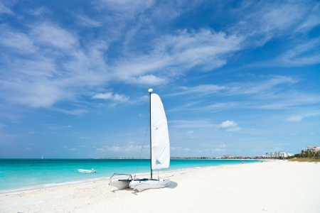 Grace bay beach at Providenciales on Turks and Caicos islands Imagens - 14156998