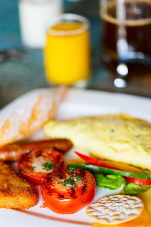 omelet: Delicious breakfast with omelet and vegetables