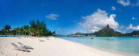 bora: Stunning beach and beautiful view of Otemanu mountain on Bora Bora island