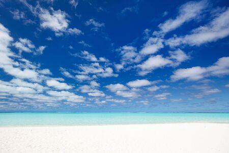 white sand beach: Perfect white sand beach and turquoise tropical ocean