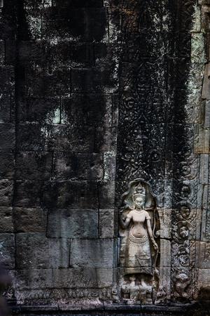 캄보디아의 앙코르 고고학 지역의 프레아 칸 (Presah Khan)에있는 Bas reliefs 스톡 콘텐츠 - 90307673