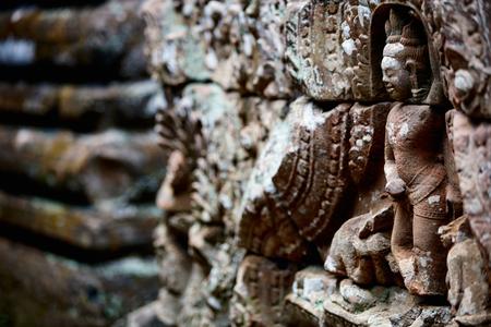 캄보디아 앙코르 고고학 지역의 절벽 부조