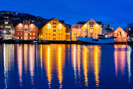 Beautiful town of Tromso in Northern Norway at dusk twilight Stockfoto