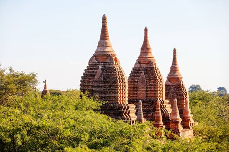 Stunning view of historic buddhist pagodas in Bagan Archeological area in Myanmar Stockfoto