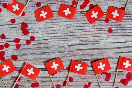 01 AGOSTO Concetto giorno dell'indipendenza della Svizzera e della giornata nazionale della Svizzera. Spazio di copia, stile minimal, Giornata della Confederazione Svizzera