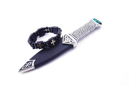 sharp: sharp gothic dagger