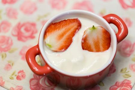 Strawberry yogurt 写真素材