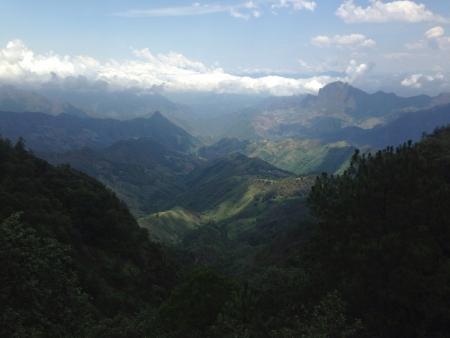 ドゥランゴ メキシコの山の最高点からの絶景。そのと呼ばれる Espinazo ・ デル ・ ディアブロ。