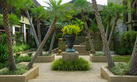 beach resort: Jard�n de lujo en Tailandia Beach Resort